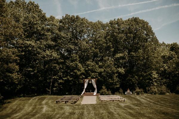 Rustic elegance countryside wedding in Maine