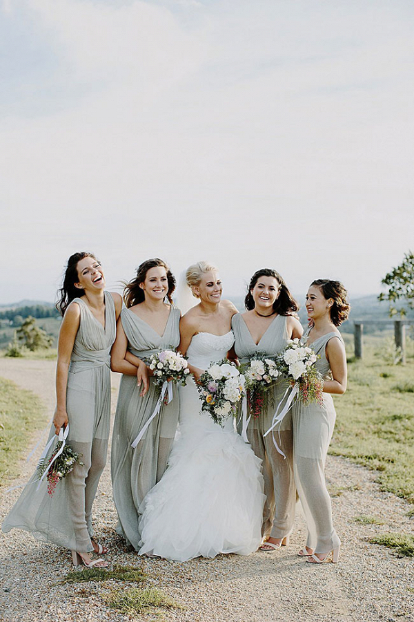 Byron View Farms Australian Wedding Heart and Colour