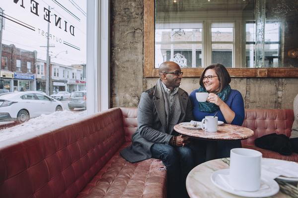 Toronto-Coffee-Shop-Weekend-Engagement-Session-Lisa-Vigliotta09