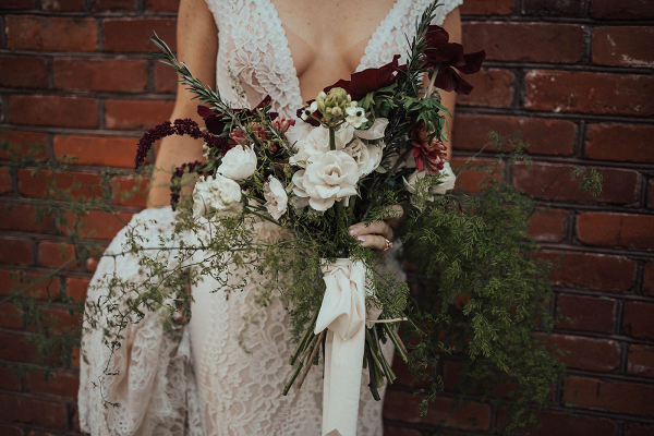 beautiful-moody-bouquet