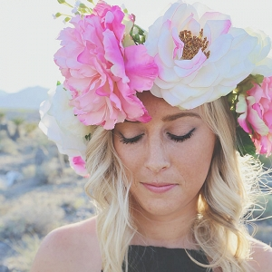 Over-sized Floral Crown In Las Vegas Desert Engagement Session Lissables  Photography
