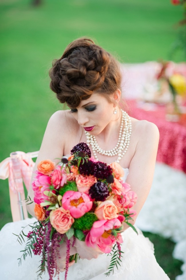 Glamourous Wedding Bold Spring Color Palette Wedding Bouquet Vanjad Photography