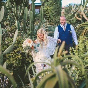 Socal Bohemian Wedding Portraits Nestled Into A Southwestern Oasis Chris Wojdak Photography