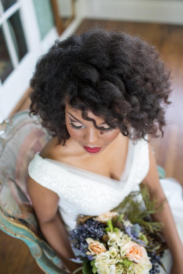 Bridal portrait session at the Dresser Mansion