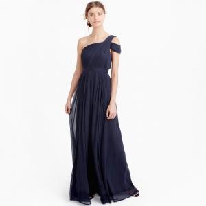Long navy-colored bridesmaid dress in silk chiffon