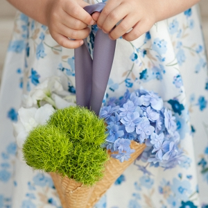 DIY ice cream cone bouquets for summer flower girls