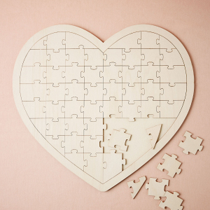 Heart jigsaw wedding guestbook