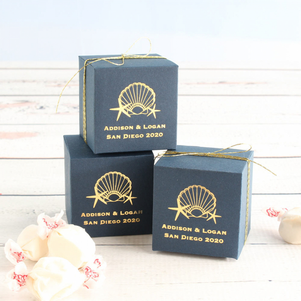 Personalized wedding favor boxes