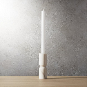 Pinch taper candle holder