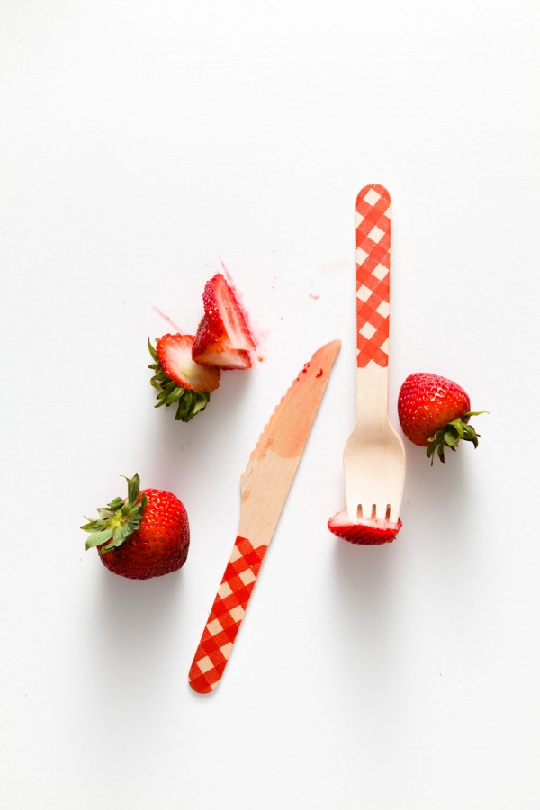 Red Gingham Party Utensils