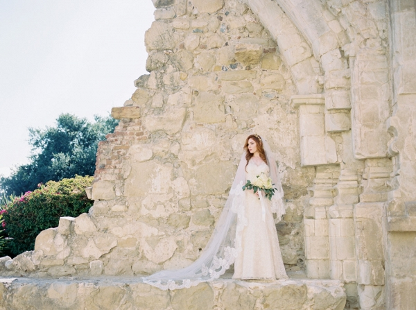 Bride in the church ruins of Mission San Juan Capistrano