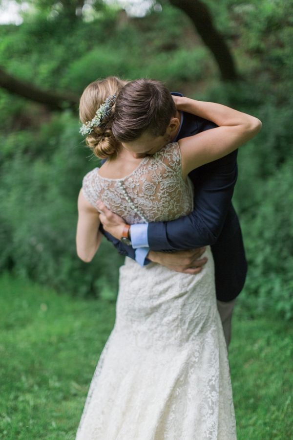 A sweet first look at a spring wedding in Wisconsin