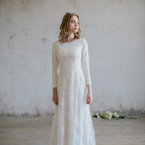 Long-Sleeved Lace Wedding Dress