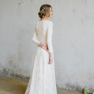 Vintace Lace Wedding Dress Back