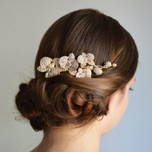 Vintage-inspired orchid hair comb with hundreds of clear rhinestones