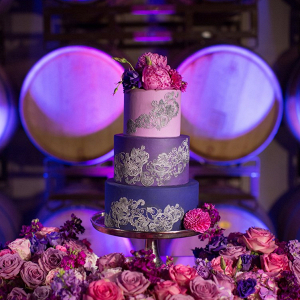 Glam purple wedding cake