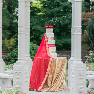 Glam red and gold wedding cake