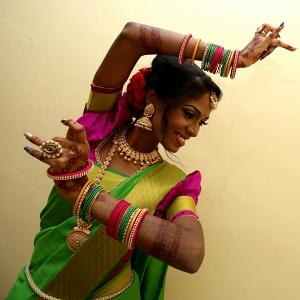 Indian Bridal Posing in Saree