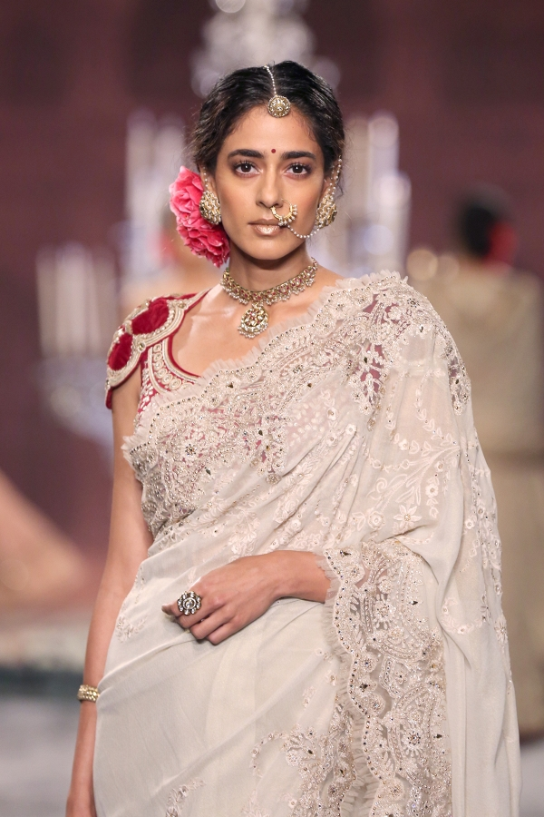 Tarun Tahiliani Bridal Wedding Sari