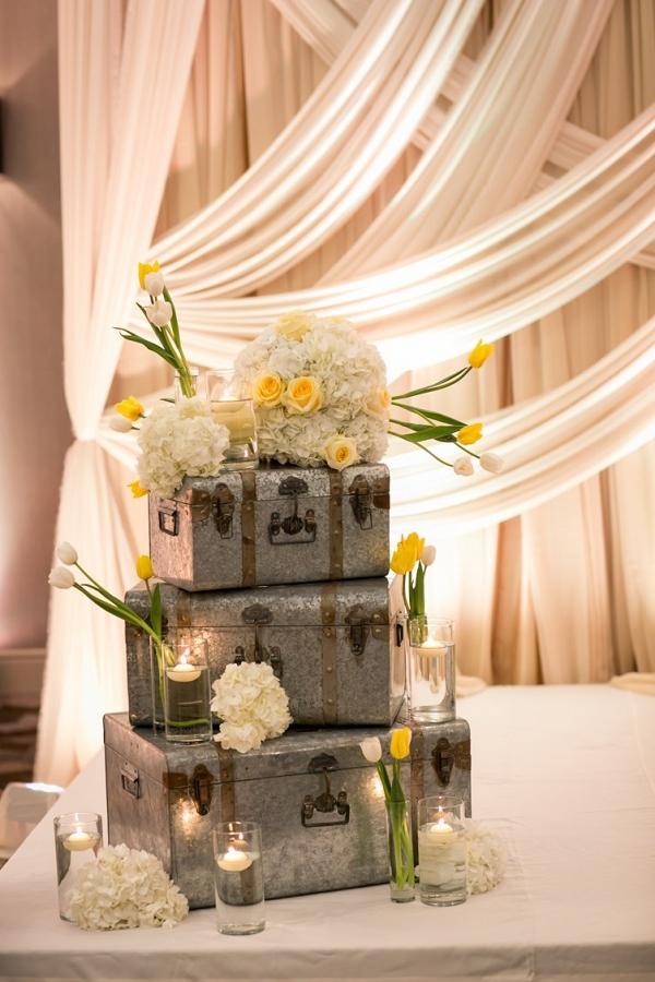 Wedding Reception Travel Decor