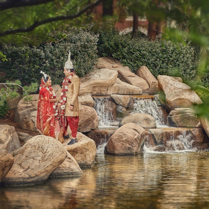 Garden Hindu wedding portrait