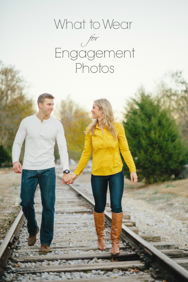 what-to-wear-for-engagement-photos
