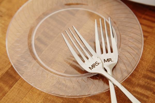 Wedding Forks - Budget Friendly Barn Wedding in Missouri | Photo by Creative Event Studio