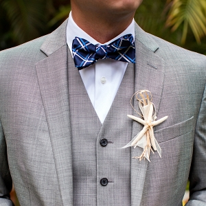 Beachy groom look