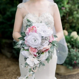 Glam faux flower and brooch bouquet