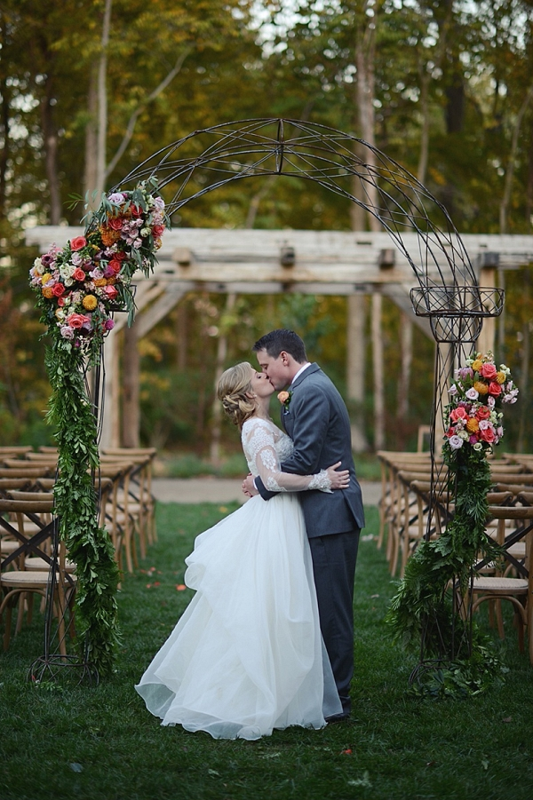 autumn ceremony arch on The Budget Savvy Bride
