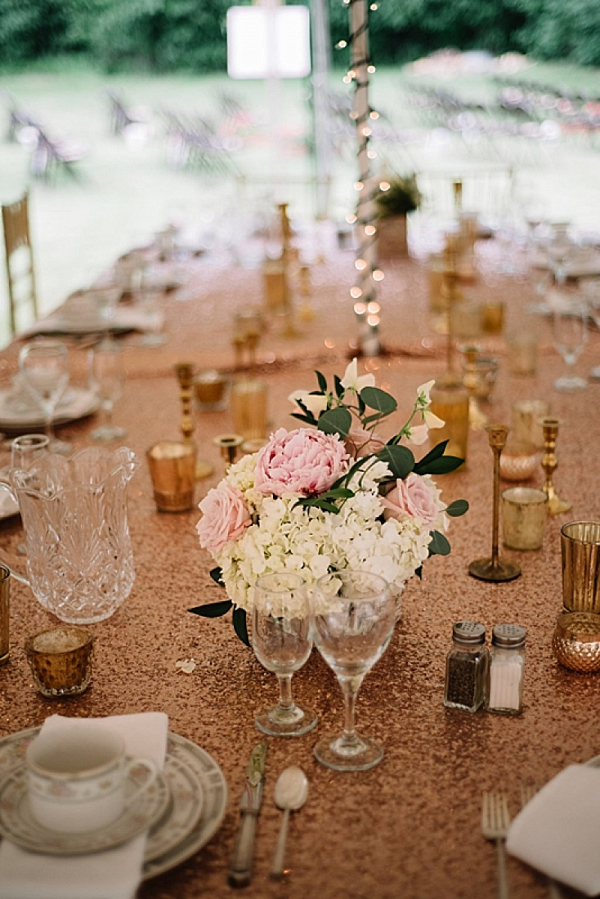 Gold and blush tablescape