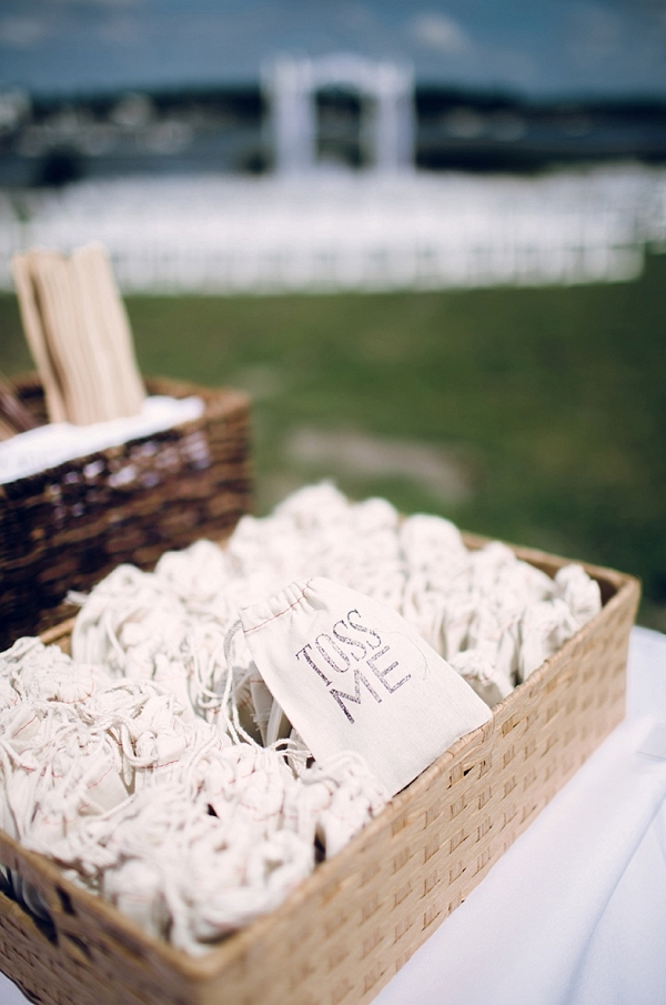 ceremony toss me bags on The Budget Savvy Bride