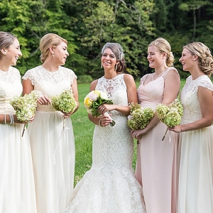 Ivory bridesmaids on The Budget Savvy Bride