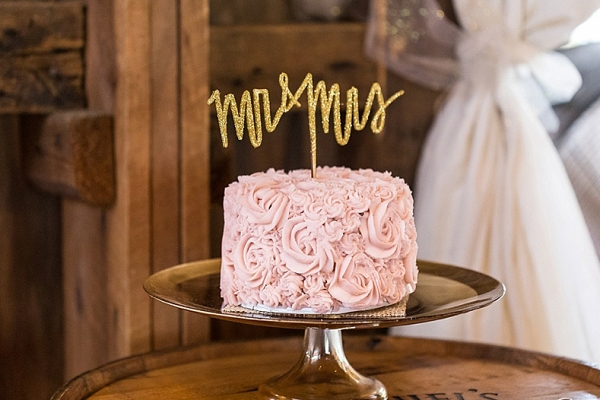 Pink swirl cake on The Budget Savvy Bride