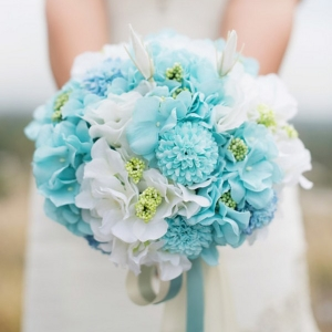White and Aqua Wedding Bouquet | Photo by Summer Shea Photography