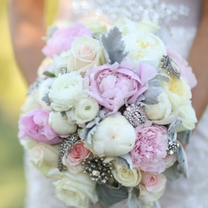 light+pink+bridal+bouquet