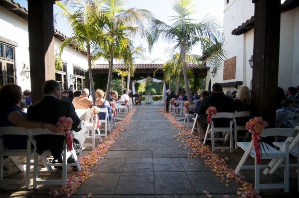 wedding+ceremony+salmon+orange+decor
