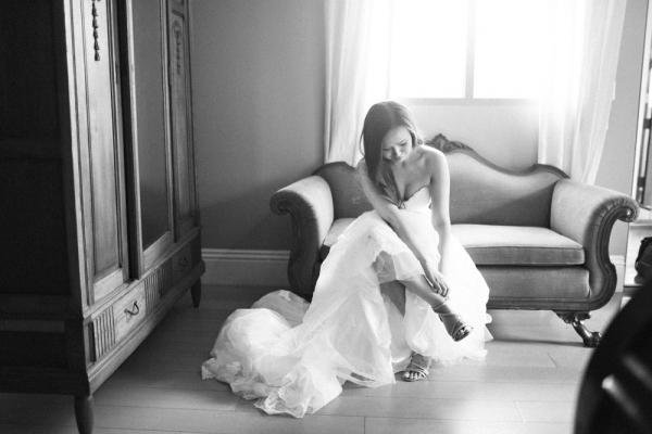bride+getting+ready+shots