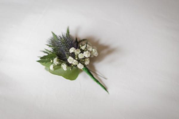 rustic+boutonniere+_+UK+castle+wedding