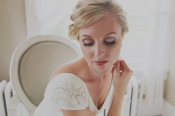Marilyn+Monroe-Inspired+Wedding+hair+and+makeup1