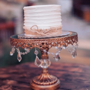 rustic+jeweled+wedding+cake+stand
