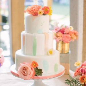9 Color Inspiring Wedding Cakes You'll Love