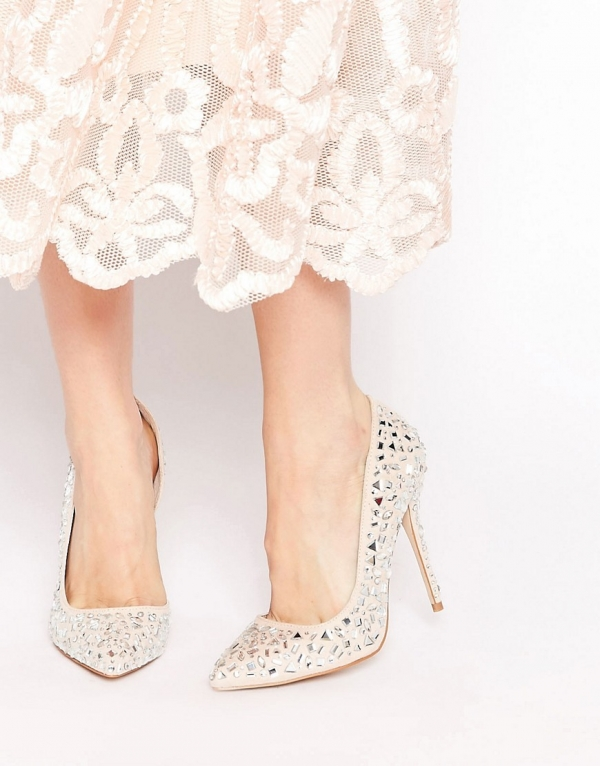 Embellished Heeled Pumps