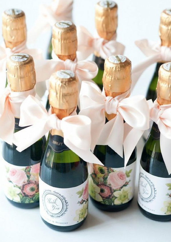 10 Wedding favors that Your Guests Won't Hate