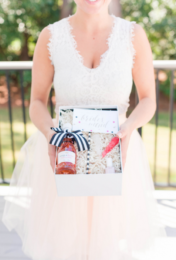 Beautiful bridesmaid brunch ideas by Luna and Luxe Couture Events, Jami Thompson Photography, Leslie Hartig Floral