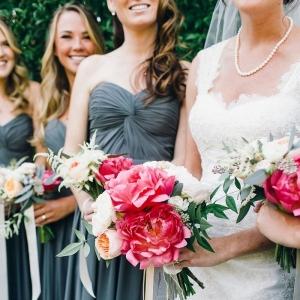 Green Gables Estate Wedding photographed by Sara Lucero, florals by Amanda Vidmar Design