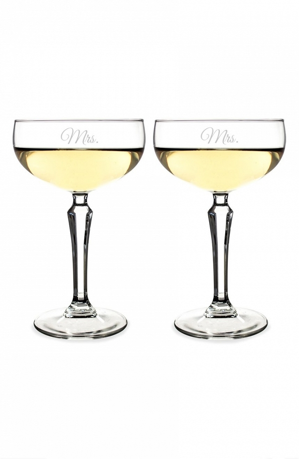 Mr. & Mrs. Champagne Toasting Glasses Set of 2