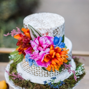 A Tropical Jungle Inspired Styled Shoot