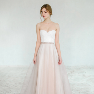 Hint of Blush Wedding Gown, photo by Masha Golub