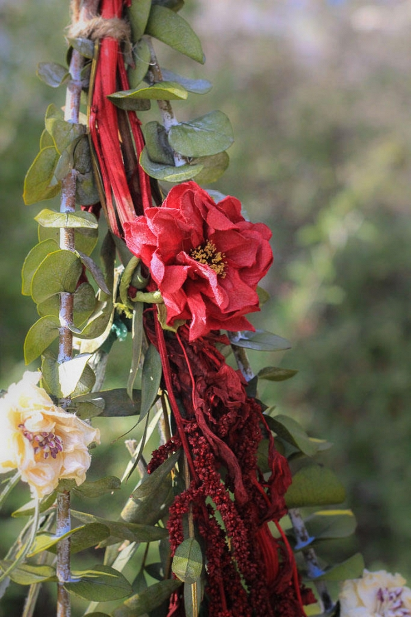 Red Floral Wedding Ceremony Garland
